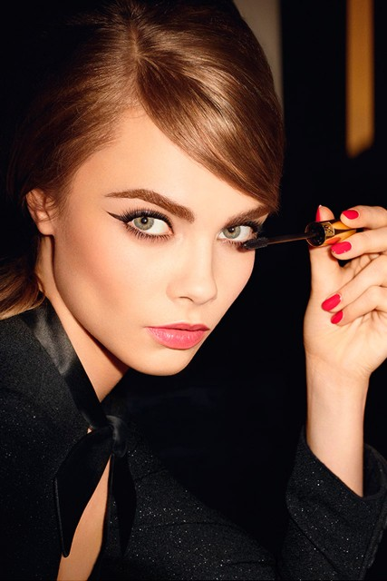 cara delvigne the new face of ysl beauty freak deluxe. Black Bedroom Furniture Sets. Home Design Ideas