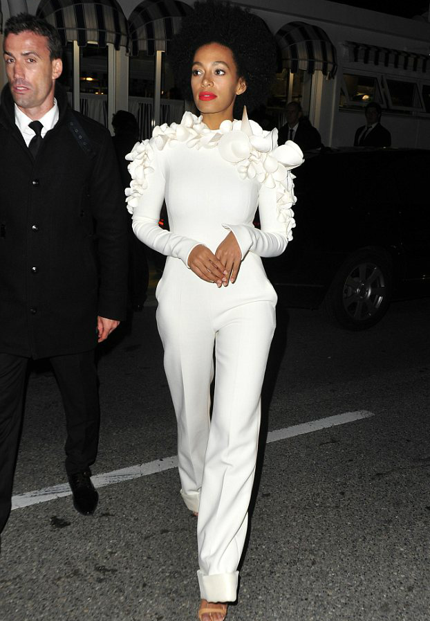 SOLANGE WHITE OUTFIT