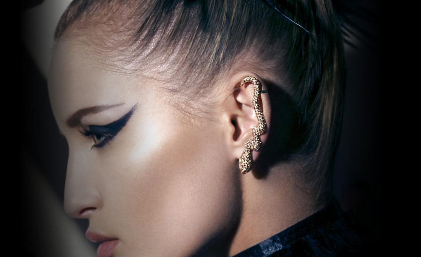 Show stopping jewellery NOUDAR SNAKE 1